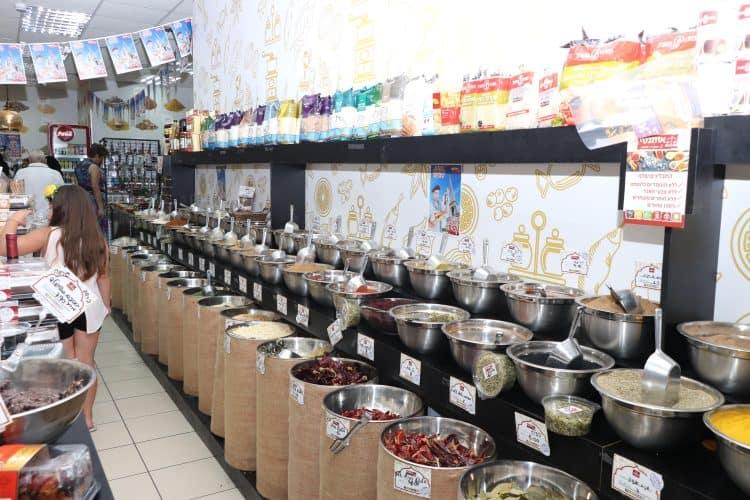חנויות תבלינים מומלצות בבת ים (צילום: ציון בלחסן)